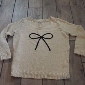 LC Bow sweater